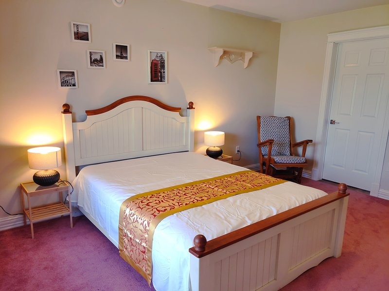 Sweet Dream B&B Queen Size Room, alquiler de vacaciones en Charlottetown