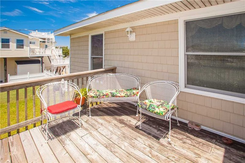 Porch,Furniture,Chair,Deck,Urban