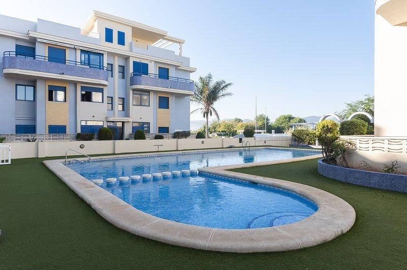SENTIMIENTO - Apartment for 5 people in Playa de Xeraco, vacation rental in Xeraco
