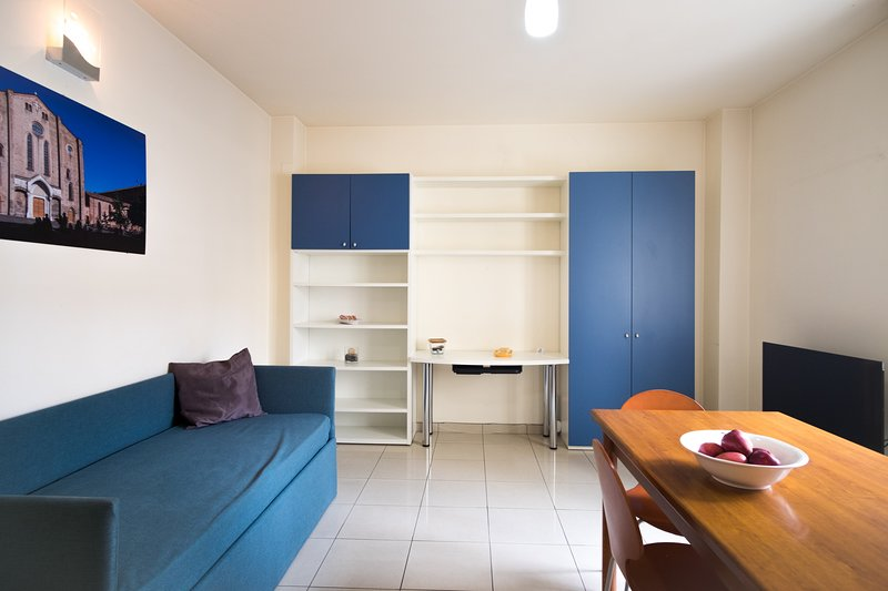 Giulia - Central Apartment, vakantiewoning in Monte San Pietro