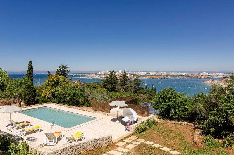Vale da Canada Villa Sleeps 6 with Pool - 5808868, alquiler de vacaciones en Ferragudo