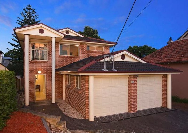 Near Airport BEXLEY Holiday Home up to 20 guests, vacation rental in Marrickville