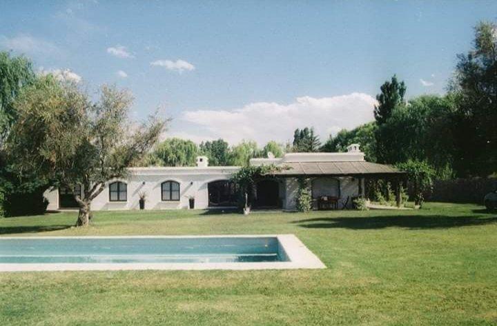 Gran Casa con vista a la montaña, vacation rental in Province of Mendoza