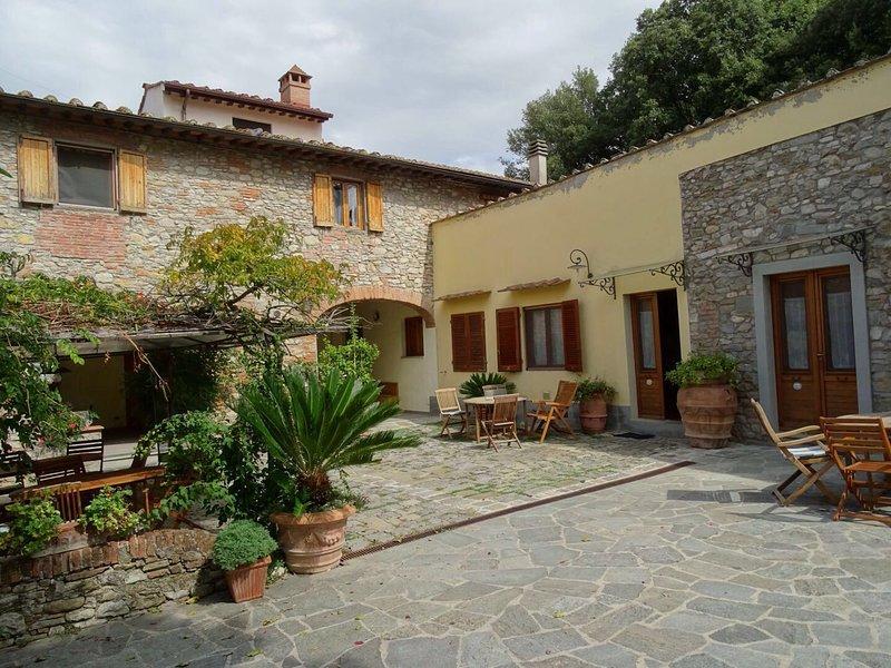Appartamento bilocale 2+2 in agriturismo con piscina ,8 km dal centro di Firenze, alquiler vacacional en Castelnuovo d'Elsa