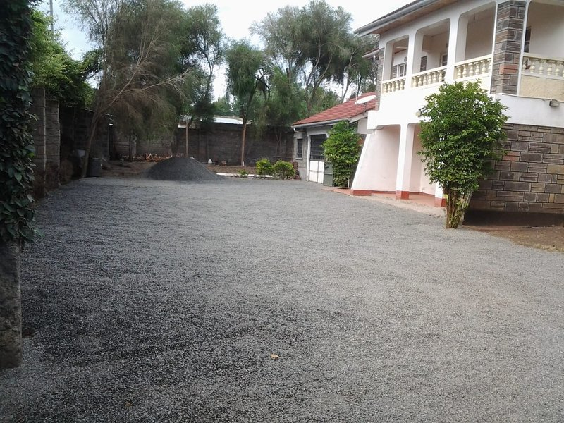 HomeBase gardens hotel, alquiler de vacaciones en Lake Elementaita