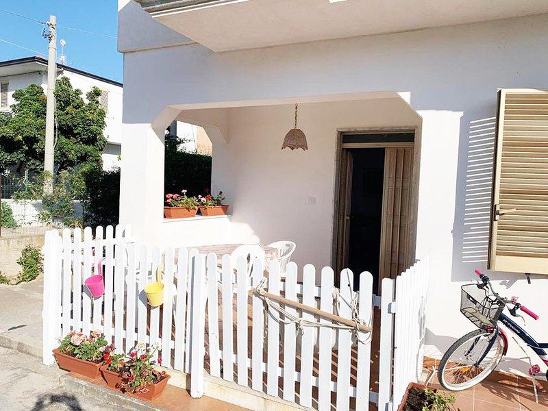 Japigium Casa Vacanze Calipso a 2 passi dal Mare, vacation rental in Le Cannella
