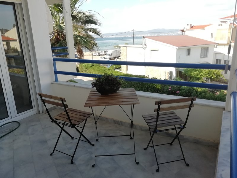 Jani's Beach House, 10 km from the airport, alquiler vacacional en Kardia