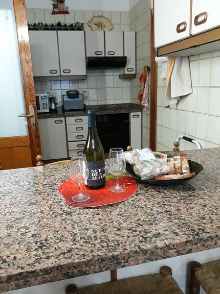 Vivienda Familiar en el Puertito de Güimar, vacation rental in Puertito de Guimar
