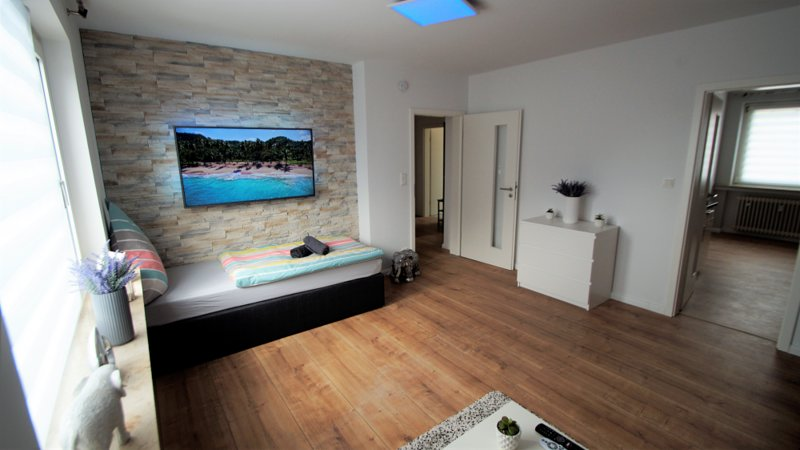 Luxus Wohnung BGL-12 nähe Köln City/Messe, aluguéis de temporada em Bergisch Gladbach
