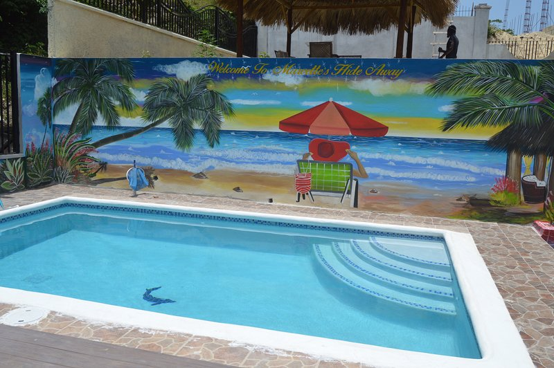 Marvettes Hideaway Sea View Villa, holiday rental in Jamaica