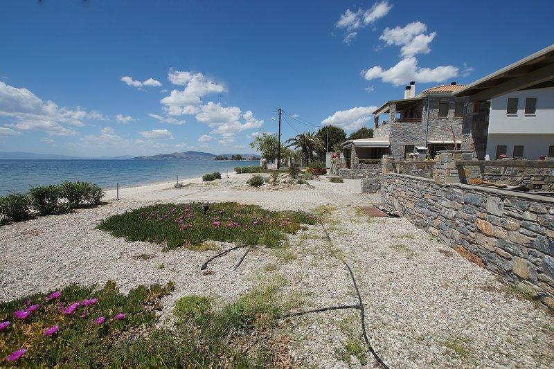 Villa Ambrosia, beach house, Platanidia, Pelion, holiday rental in Ano Lechonia