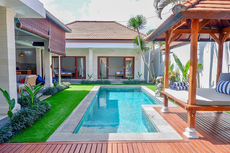 Villa Kaiyō offers a private 3 bedroom pool villa in cool  Canggu near beaches, cafes & rice paddies