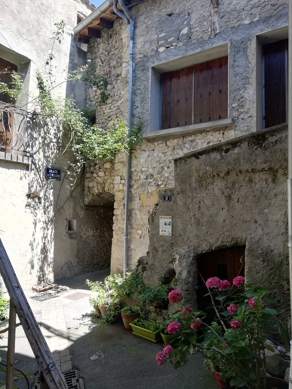 Les Remparts, holiday rental in Mirabel-et-Blacons
