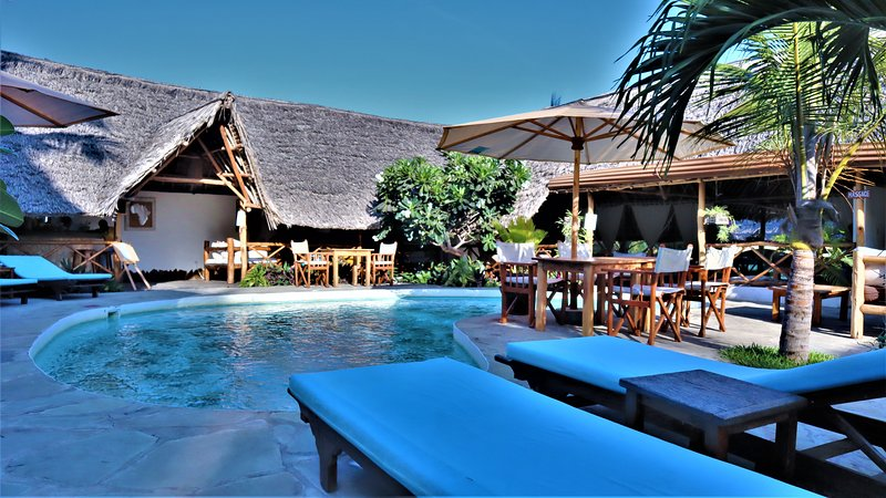 Mvuvi Lodge - Swimming Pool