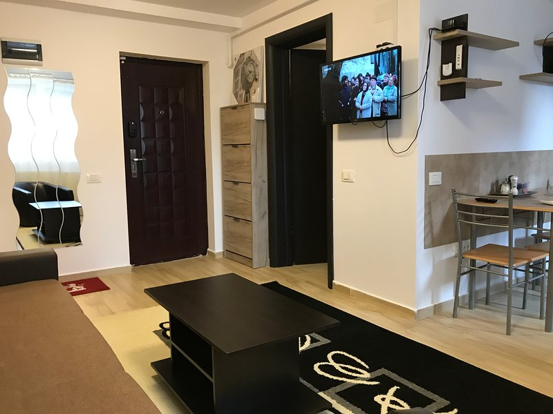 Studio Militari Residence M5, holiday rental in Chiajna