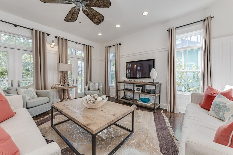 Ceiling Fan,Furniture,Table,Rug,Coffee Table