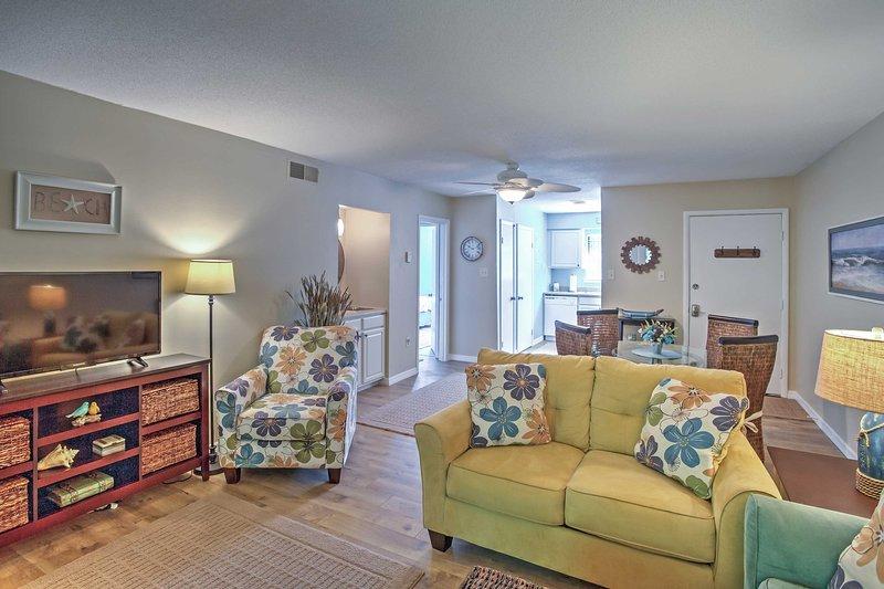 Amelia Island Condo w/ Onsite Pool & Beach Access!, holiday rental in Fernandina Beach