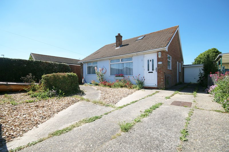 Buoy Cottage, East Wittering, holiday rental in Bracklesham Bay