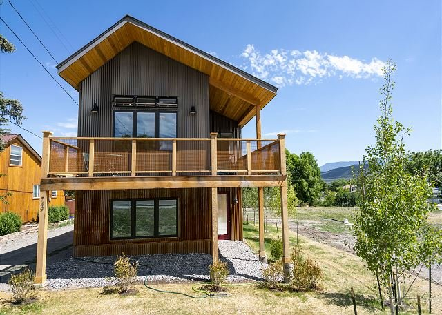 Fiber Optic Internet! - Located in the Heart Ridgway - Breath taking views!, holiday rental in Ridgway