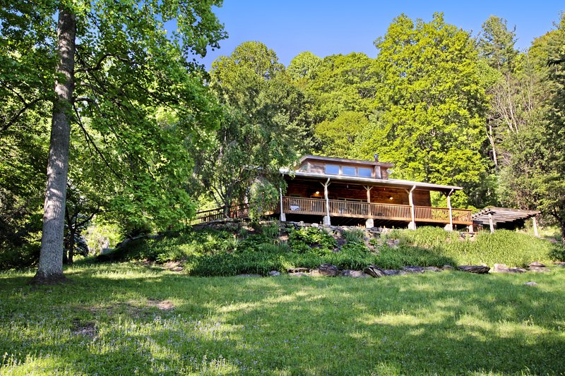 Secluded home w/ an outdoor firepit, private hot tub, and game room - 2 dogs OK!, holiday rental in Bryson City