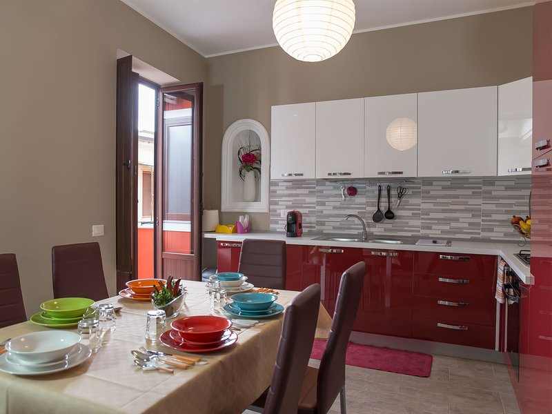 Amazing apartment in Lamezia Terme, holiday rental in Castagna