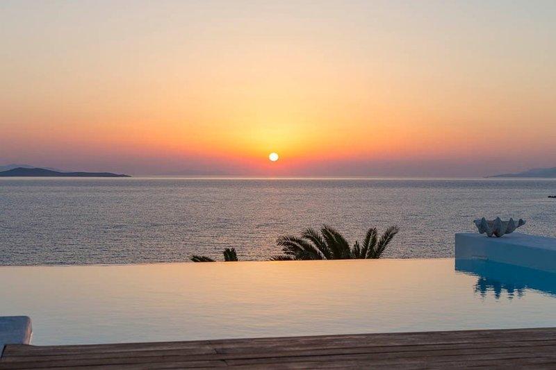 Gold sunset villa, location de vacances à Agios Ioannis