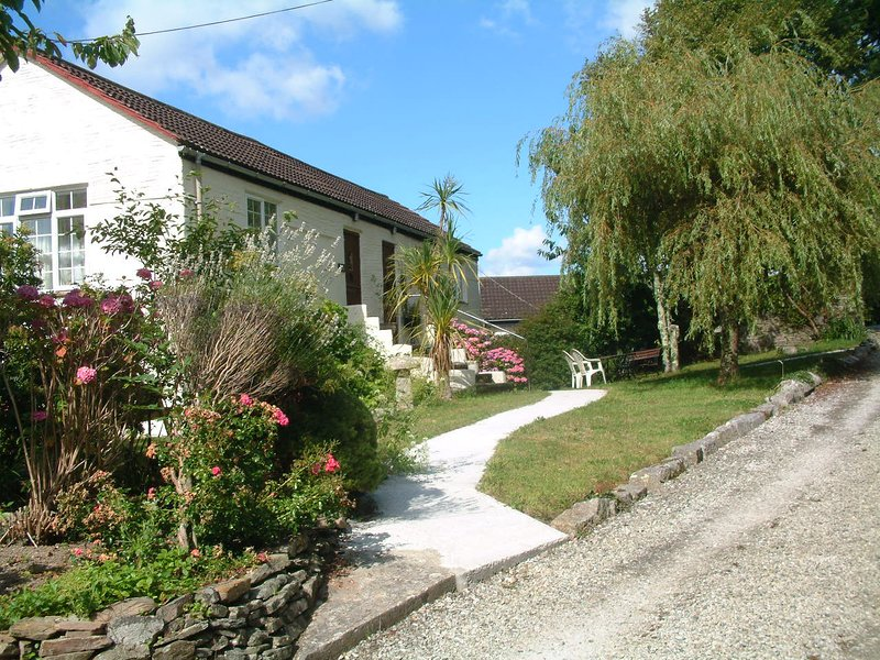 Hayloft - Summercourt Cottages, casa vacanza a St Martin