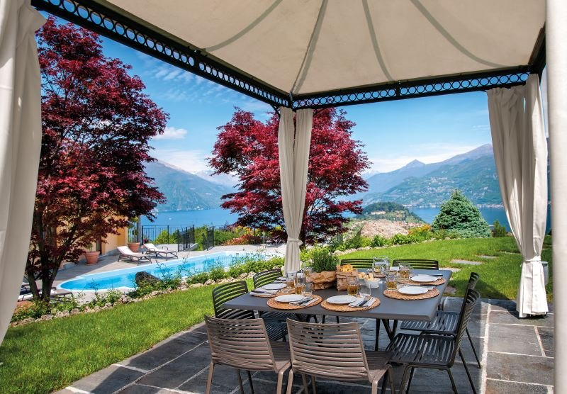 Chevrio Villa Sleeps 8 with Pool Air Con and WiFi - 5218374, holiday rental in Oliveto Lario