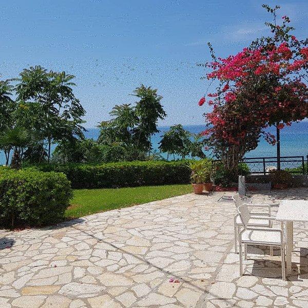 Corfu Glyfada Apartment 45, casa vacanza a Glyfada