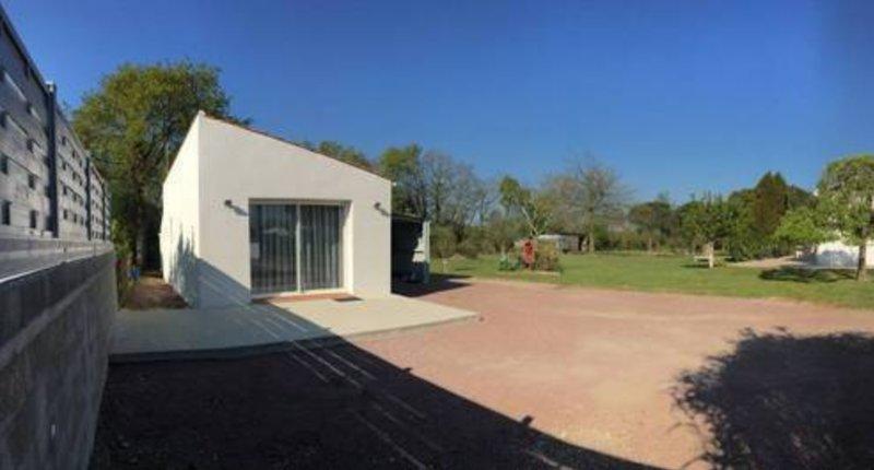 Amazing house with garden & terrace, location de vacances à Soullans