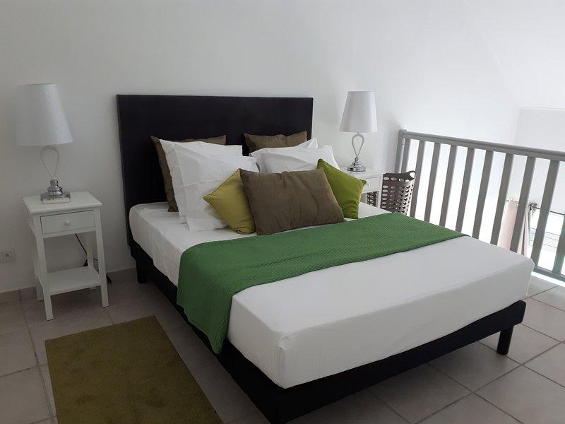 lit 2 personnes à l'étage