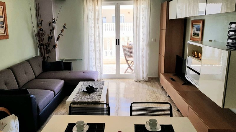 APARTAMENTO ARENALES PLAYA, vacation rental in El Altet