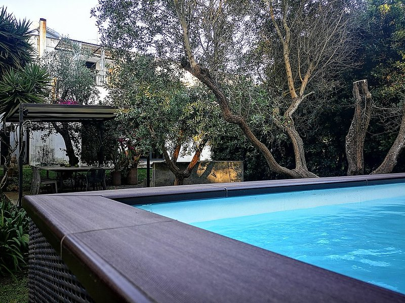 Zona Erchie Piccolo Villa Sleeps 5 with Pool Air Con and WiFi - 5229585, casa vacanza a San Cataldo