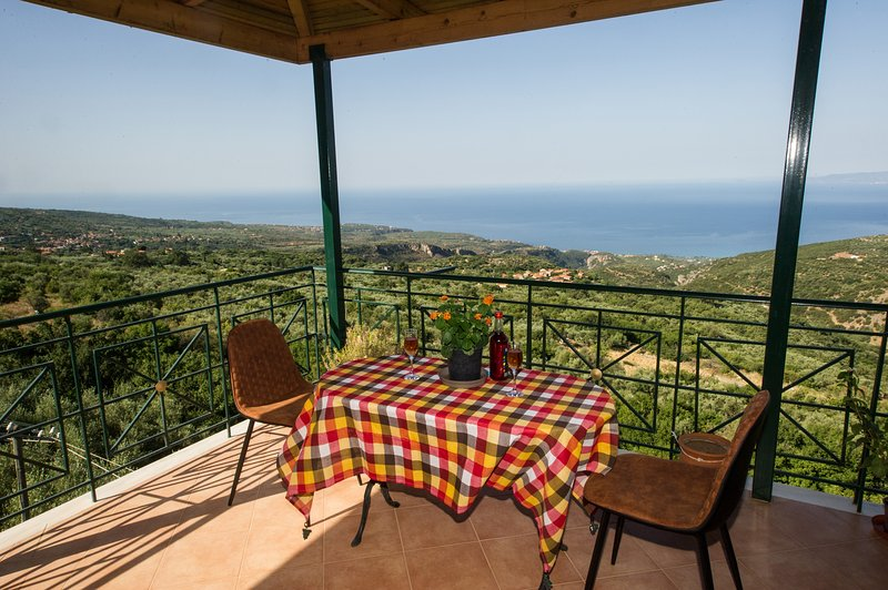 Mani's balcony with seaview, holiday rental in Sparta