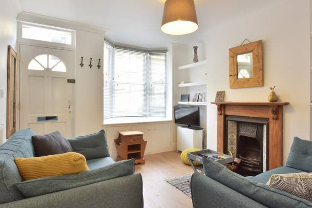 The Grove - Newly refurbished cottage near the High Street, vacation rental in Blean