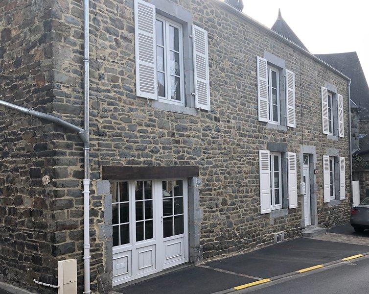 Gite La Bohème des Ardennes, holiday rental in Haybes