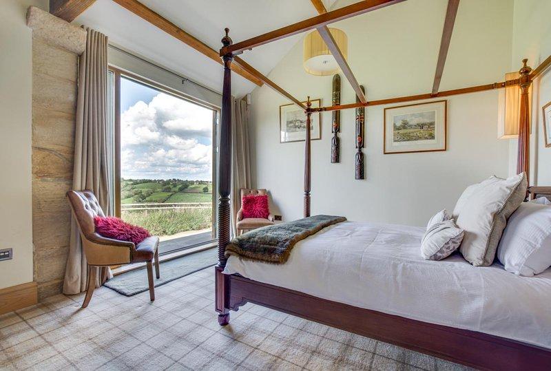 YORKSHIRE BARN Stunning Cow Shed Conversion Harrogate Sleeps 4 Beautiful Views, Ferienwohnung in Harrogate