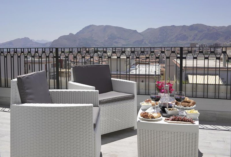 THE VIEW, vacation rental in Palermo