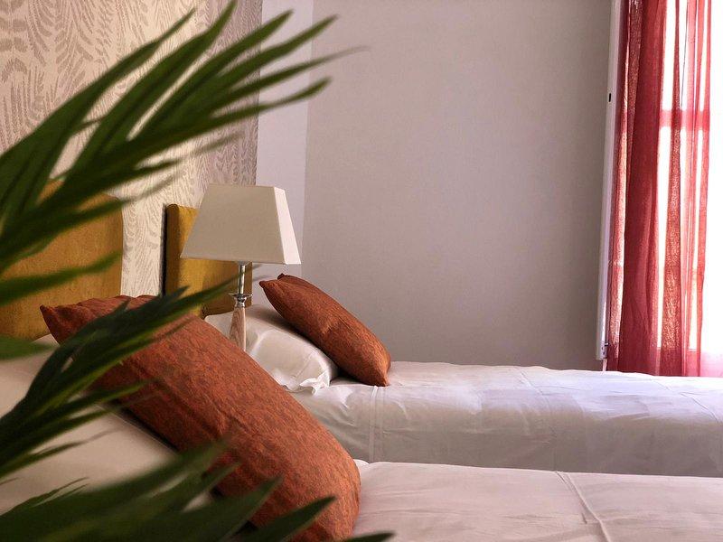 Tetuan 4, holiday rental in La Campana