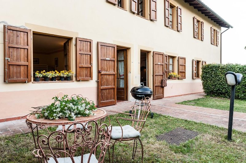 Big apartment with shared pool, holiday rental in Gragnano