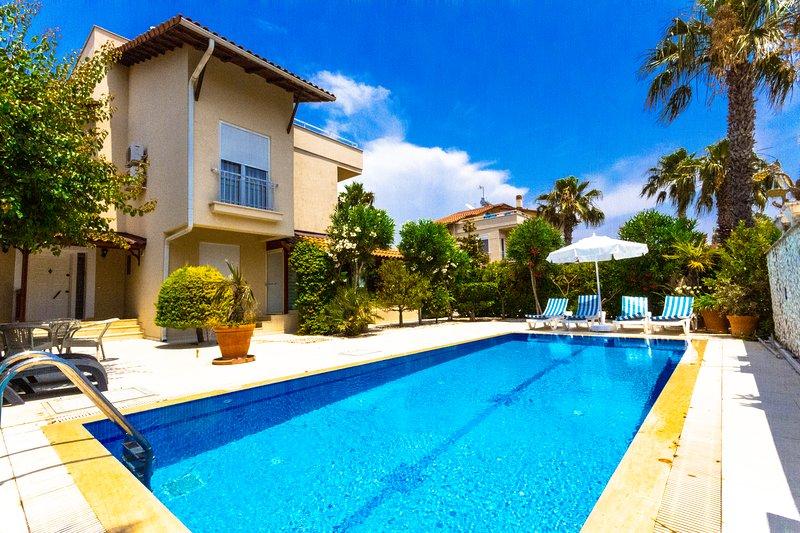 Paradise Town Villa Beldora, holiday rental in Kadriye