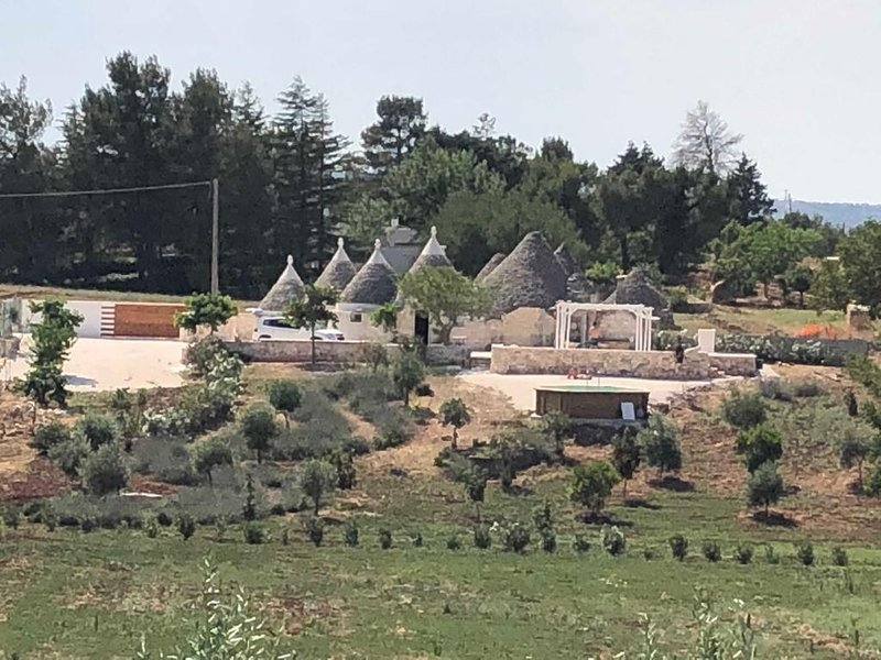 Trullo in valle d'itria, vacation rental in Pascarosa