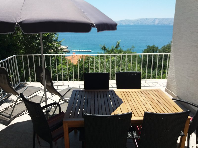 Apartmani Povile 3, holiday rental in Povile