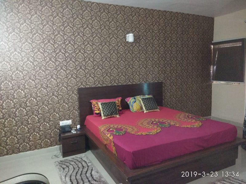 HUMTUM HOLIDAY, holiday rental in Vrindavan