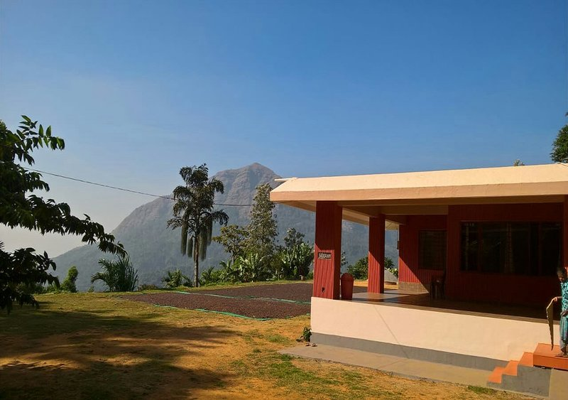TripThrill Misty Heights Homestay, holiday rental in Sakleshpur
