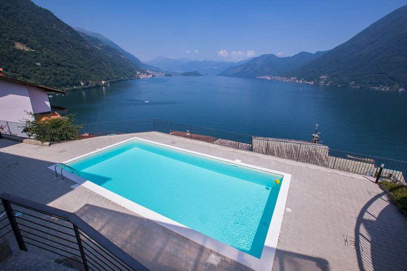 Residence degli Oleandri 1A, holiday rental in Argegno
