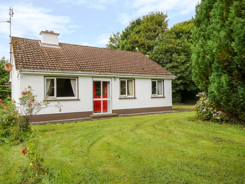 Primrose Cottage, Ballina, County Mayo, holiday rental in Ballyvary