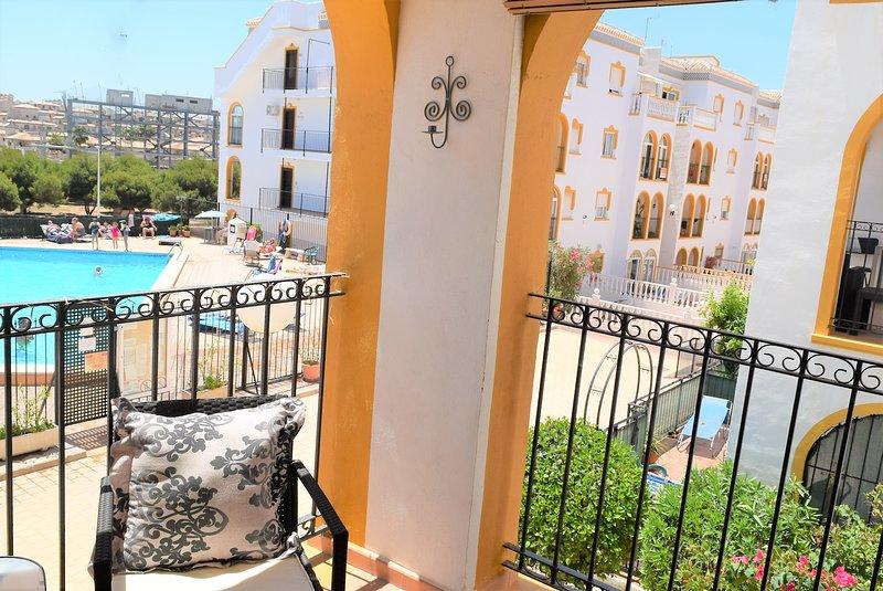 Molino Blanco Apartment 8 - Pool Facing, holiday rental in La Zenia
