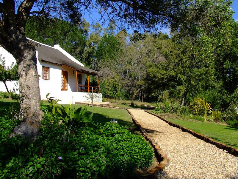 Mooi Bly Vineyard cottages, location de vacances à Malagas