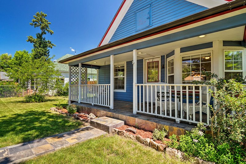 This peaceful Old Colorado City home can comfortable sleep 6 guests.